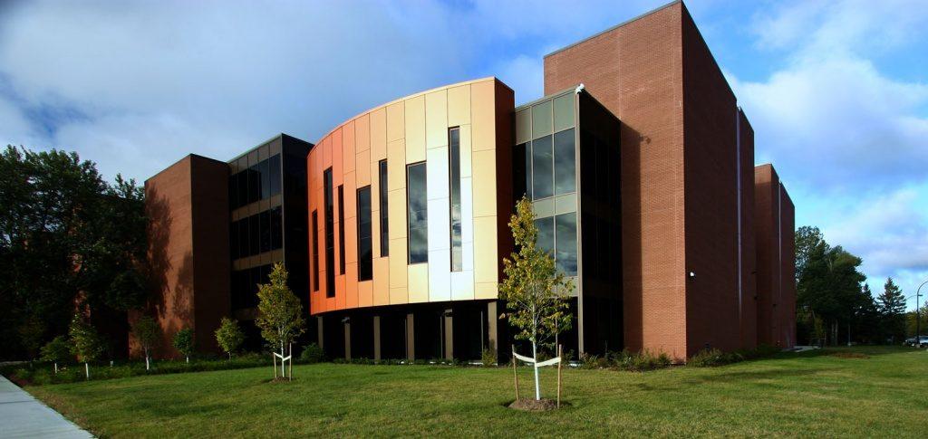 Trường cao đẳng Confederation College