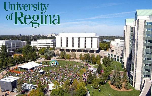Trường đại học University of Regina tại Canada
