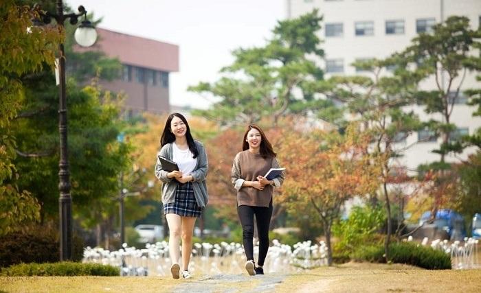 Điều gì khiến bạn nên đi du học Hàn Quốc